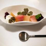 Clandé, Paris: cuisine de haut vol, prix en rase-mottes