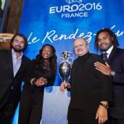Euro 2016 … J-100 … Pour le Match d'ouverture, il vous en coûtera 2400 euros par personne en mode VIP … avec tout de même un dîner signé Robuchon !