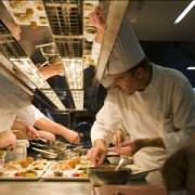 » Bruxelles Mourante » … la restauration et l'hôtellerie touchées de plein fouet. Le restaurant » Comme chez soi » a mis une partie de ses équipes en chômage temporaire