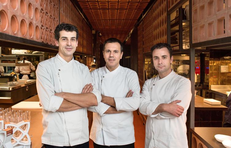 Les trois chefs de Disfrutar à Barcelone
