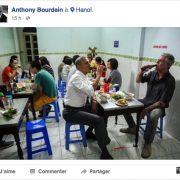 Anthony Bourdain fait s'emballer les réseaux sociaux pour un dîner à 6 dollars à 2… mais avec le Président Obama !