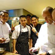 French Connection : Gilles Marx reçoit 4 chefs français dans ses cuisines au restaurant AMUZ à Jakarta