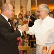 Les repas, une pratique diplomatique similaire aux ambassadeurs et aux chefs !