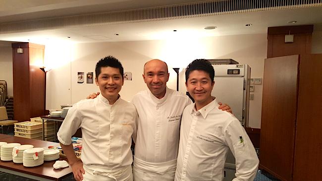Les chefs Kamoda, Laurent et Kotaro ( candidat au Bocuse d'or 2017 pour le Japon )