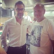 Carré FOOD # 13 – Joël Robuchon en T-shirt c'est une première !