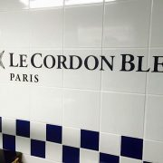 """Cordon Bleu Paris a inauguré son nouveau """" Paquebot Culinaire """" en bord de Seine"""