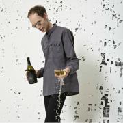 Dom Perignon fait appel à l'artiste allemand Michael Riedel pour habiller deux millésimes de Dom Perignon