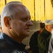 Joël Robuchon en visite chez son fournisseur de volaille