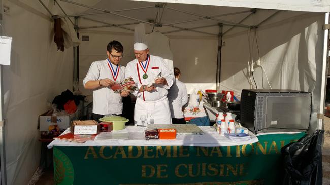 ça s'installe aussi sur le stand de L'Académie Nationale de Cuisine où toute la journée des dégustations seront proposées.