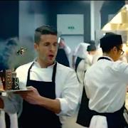 En Cuisine pour Canal+, la nouvelle Pub de la chaîne qui mêle gastronomie et séries télés