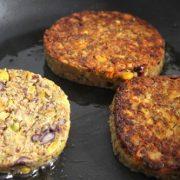 Méfiez vous des steaks végétariens, réalisez-les vous-même