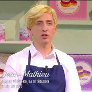 Gad Elmaleh et Marc-Antoine le Bret parodient Cyril Lignac et son émission » le Meilleur pâtissier «