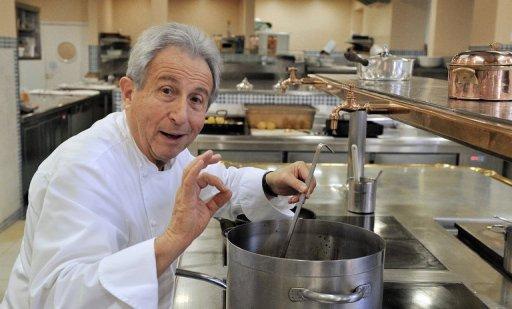 Michel Guérard honore Paul Bocuse en Parrainant le dîner des Grands ...