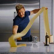 20 leçons de cuisine pour 90 dollars avec Gordon Ramsay sur MasterClass.com
