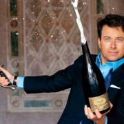 Comment les sommeliers peuvent tromper les amateurs de vins à table … ou comment boire comme un milliardaire…