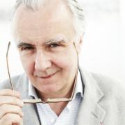Un livre engagement – «Manger est un acte citoyen» – Alain Ducasse & Christian Regouby