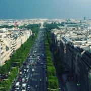 En projet : le toit-terrasse du 52 de l'avenue des Champs-Elysées, 1000 carrés et un restaurant de 450 places avec des chefs du monde entier