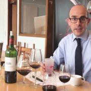 Verres – Pas besoin de se ruiner pour déguster un grand vin … et le gobelet en plastique ?