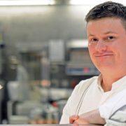 """Jocelyn Herland chef de l'Hôtel Meurice à Paris """"  Il faut arrêter de critiquer la gastronomie française! En France, il se passe de belles choses. """""""