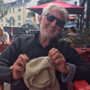 Pierre Gagnaire – son luxe pendant les Vacances ? : » Boire du bon vin tous les soirs. «