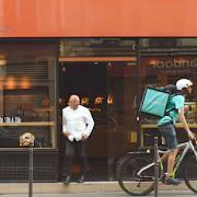 Thierry Marx séduit par le service Deliveroo, il crée pour eux le Breadmaki