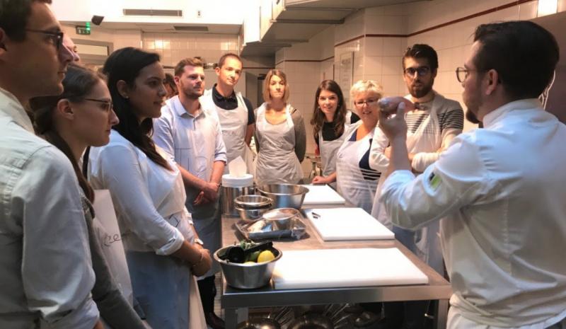 Cours de cuisine sont donn s par an paris - Cours de cuisine par internet ...