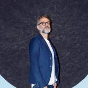 Le chef italien Massimo Bottura envisage d'ouvrir un restaurant solidaire à Paris – Le chef Yannick Alléno servira un dîner au Ledoyen pour soutenir l'association