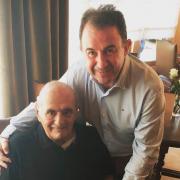 Martin Berasategui à Paul Bocuse : »  Eternellement reconnaissant, je t'admire et je t'admirerai toujours. «