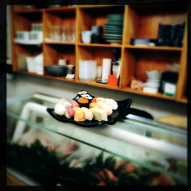 D u00eener myst u00e8re 716 Foujita, le retour Food& Sens # Sushi Bois Guillaume