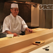 Apprenez avec un maître japonais à mieux déguster les sushis