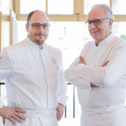 Beaux livres de Chefs – Il était une fois Versailles – Cuisine de Roi par Alain Ducasse