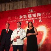 Guide Michelin Hong Kong Macau 2018 – Pas de nouveau 3 et 2 étoiles, mais une pluie de 1 étoile – Les chefs Ducasse et Robuchon sur place
