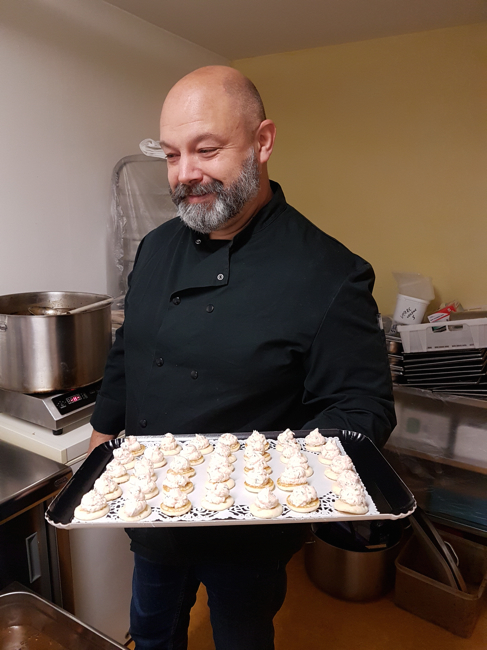 Les bouffons de la cuisine metteurs en sc ne du bonheur ont cuisin du c t de montpellier - Du bonheur dans la cuisine saint herblain ...