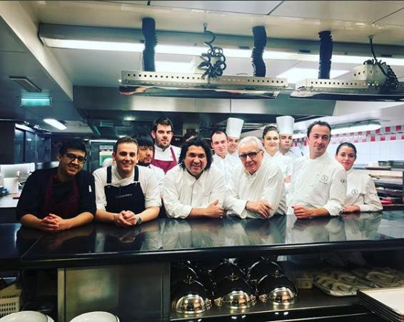 Cuisine D Exception A 4 Mains A Paris Avec La Legende Peruvienne