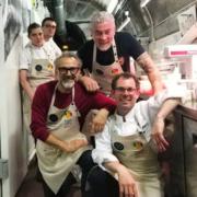 Pascal Barbot, Alex Atala, Daniel Humm, Dominique Crenn ont cuisiné hier soir au Reffetorio de La Madeleine pour les plus démunis