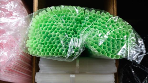 suppression pailles en plastique