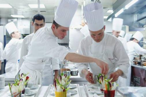 Food sens dans l 39 univers des chefs for Cuisinier 78
