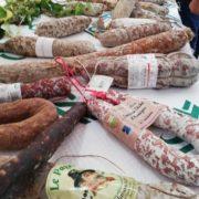 Mondial Rabelais du saucisson – Le sauciflard à la fête à Vanosc