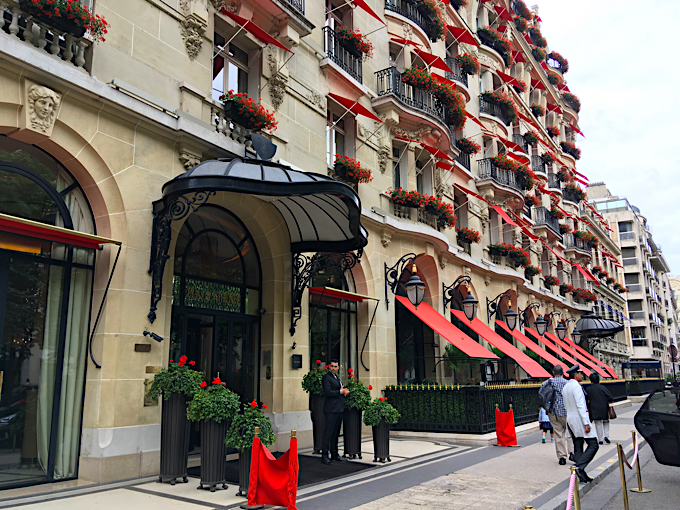 patissier plaza athenee paris