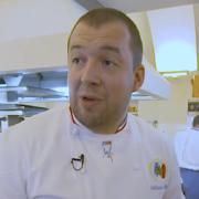 Cette vidéo dans les cuisines de L'Élysée avec le chef Guillaume Gomez totalise plus de 4 millions de vues