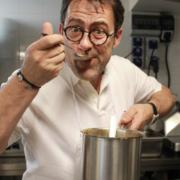 Le chef Michel Sarran à la rentrée sur TF1 dans un épisode de la série policière » Leo Mattei «