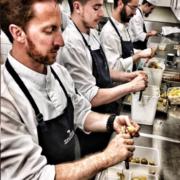 Chefs de cuisine en gastronomie – une vie de sacrifice et parfois une perte de repère – le talent doit servir à la communauté