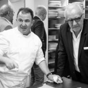 Brèves de chefs – Marco Pierre White refuse le Michelin, Cours de cuisine au Pavillon Ledoyen, le » Best Of » de Sylvestre Wahid est sorti, Lazare du chef Fréchon fête ses 5 ans, …