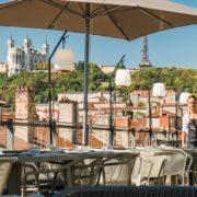 L'incroyable renouveau de la cuisine à Lyon – portée par une jeune génération de cuisiniers décomplexés qui a bourlingué, Food Court, Street Food, Rooftop – pour tout savoir