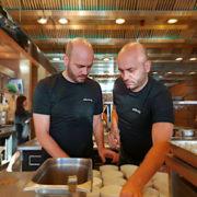 Double JE à Hong Kong au restaurant CAPRICE avec les jumeaux Mathias et Thomas Sühring chefs étoilés à Bangkok