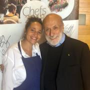 Brèves de Chefs – Massimo Bottura rêve de Beverly Hills, Gordon Ramsay ouvre à Hong Kong, Nadia Sammut en Italie, …