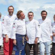 St-Barth Gourmet Festival – Cédric Béchade, Édouard Loubet, Virginie Basselot, Nicolas Sale, Pierre Augé et Serge Labrosse en cuisine avec les chefs locaux