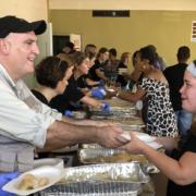 Le chef espagnol José Andrés immigré aux États-Unis nominé pour le Prix Nobel de la Paix 2019