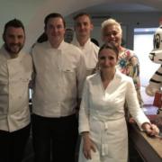 Brèves de Chef – Alain Ducasse ouvre Ômer à Monaco, Guillaume Gomez au Tchad ce week-end avec les militaires français,  Anne-Sophie Pic reçois les Masterchef UK, …