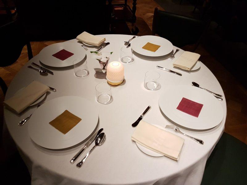 table hiramatsu restaurant